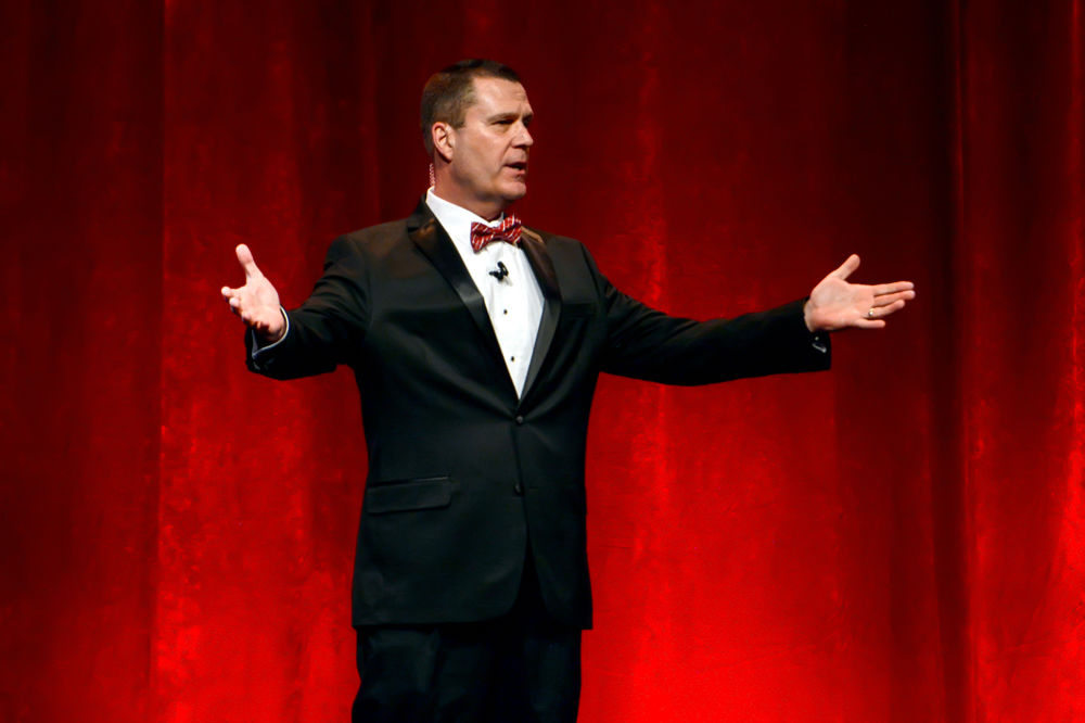 Jeff Gravley Hosts Hall of Fame