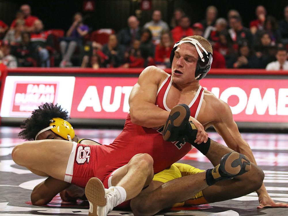 wrestling Hidlay