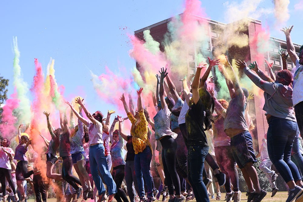 Holi: Throwing Powders