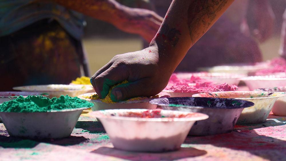 Holi: Grab Paint