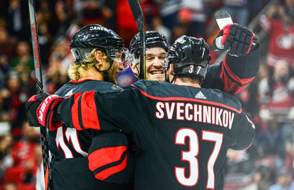 Staal, Pesce & Svechnikov Hug