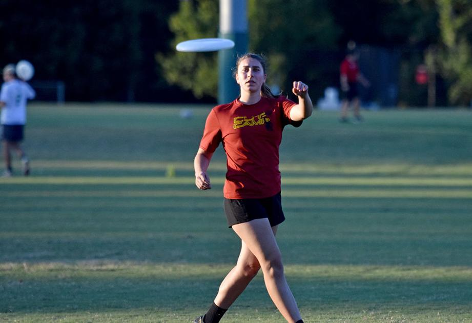 Women's club ultimate impresses, builds chemistry in fall semester