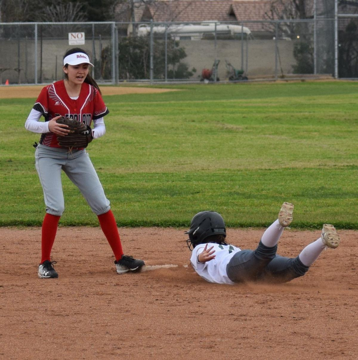 Kennedy Caudle diving to second.JPG