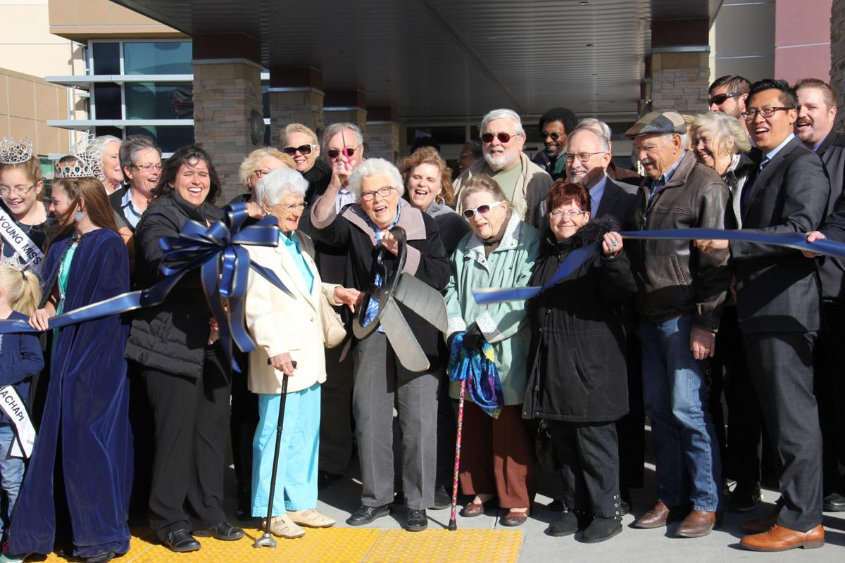 Adventist Health Tehachapi Valley celebrates 'diamond of a hospital' at ribbon-cutting