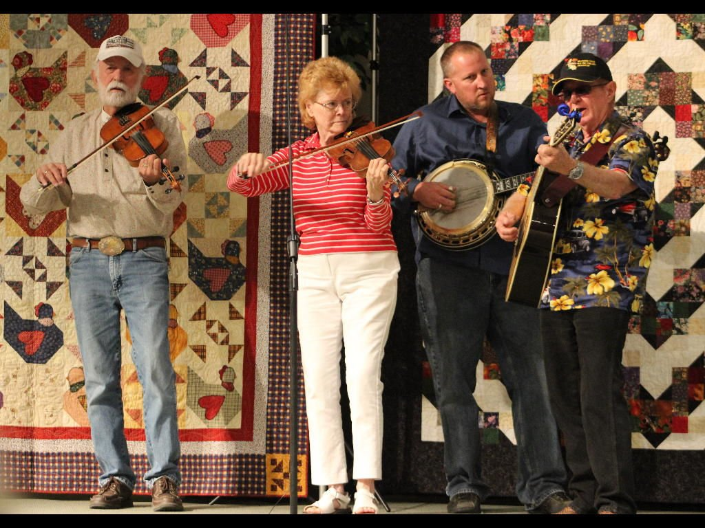 Fiddlers contest