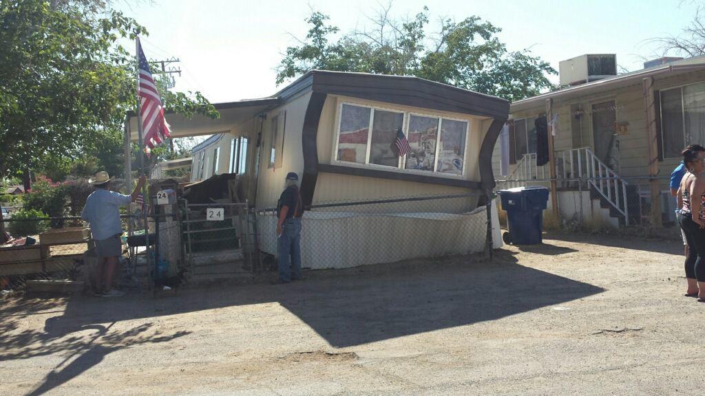 Ridgecrest mobile home.jpg