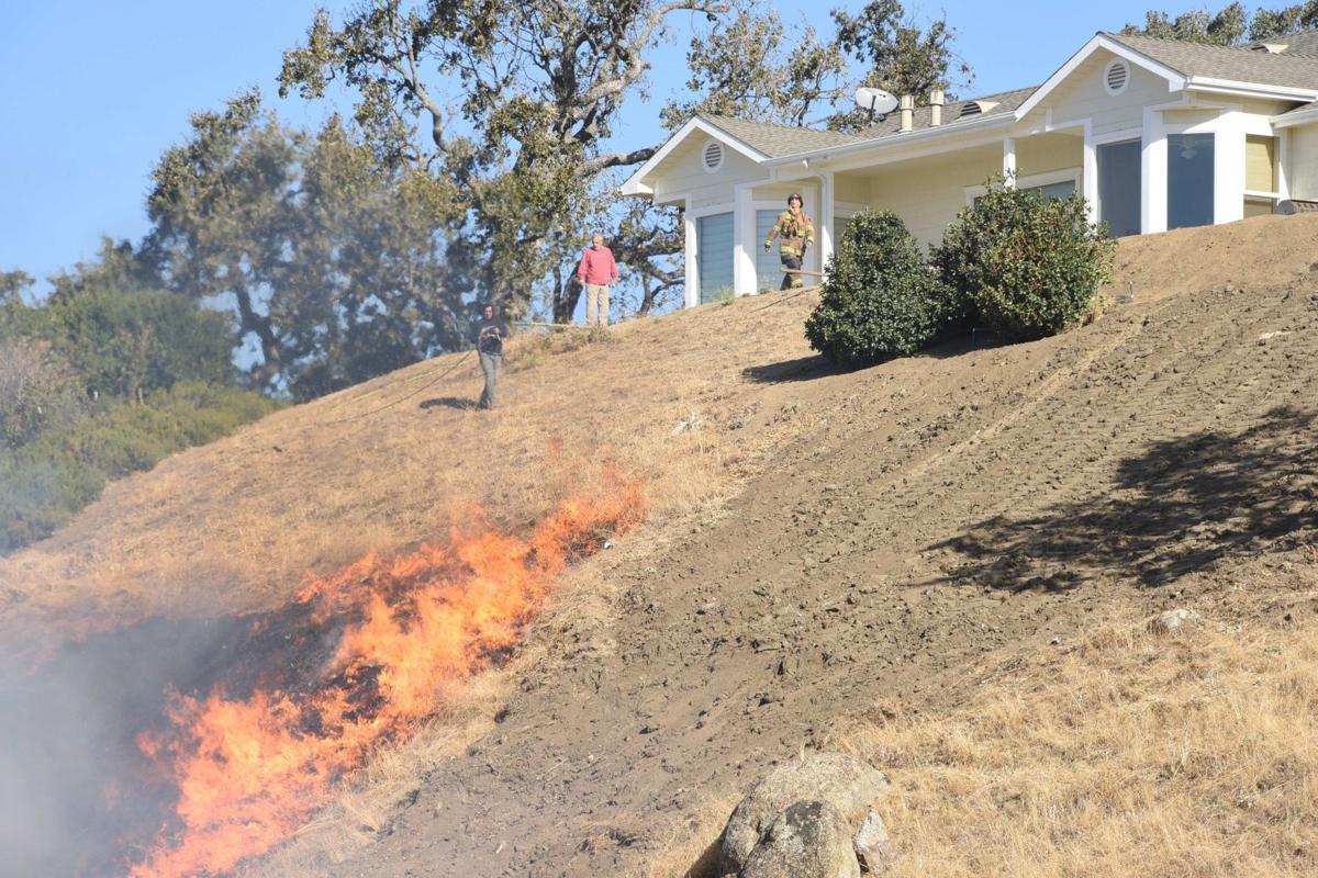 Stallion Springs fire SMIRNOFF (2).JPG