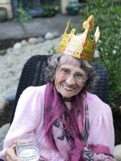 Mom_97th birthday.jpg