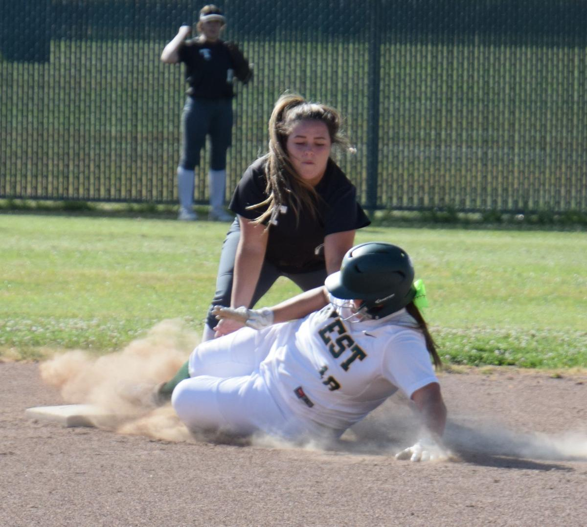 Kaylee Peel for the out at 2nd..JPG