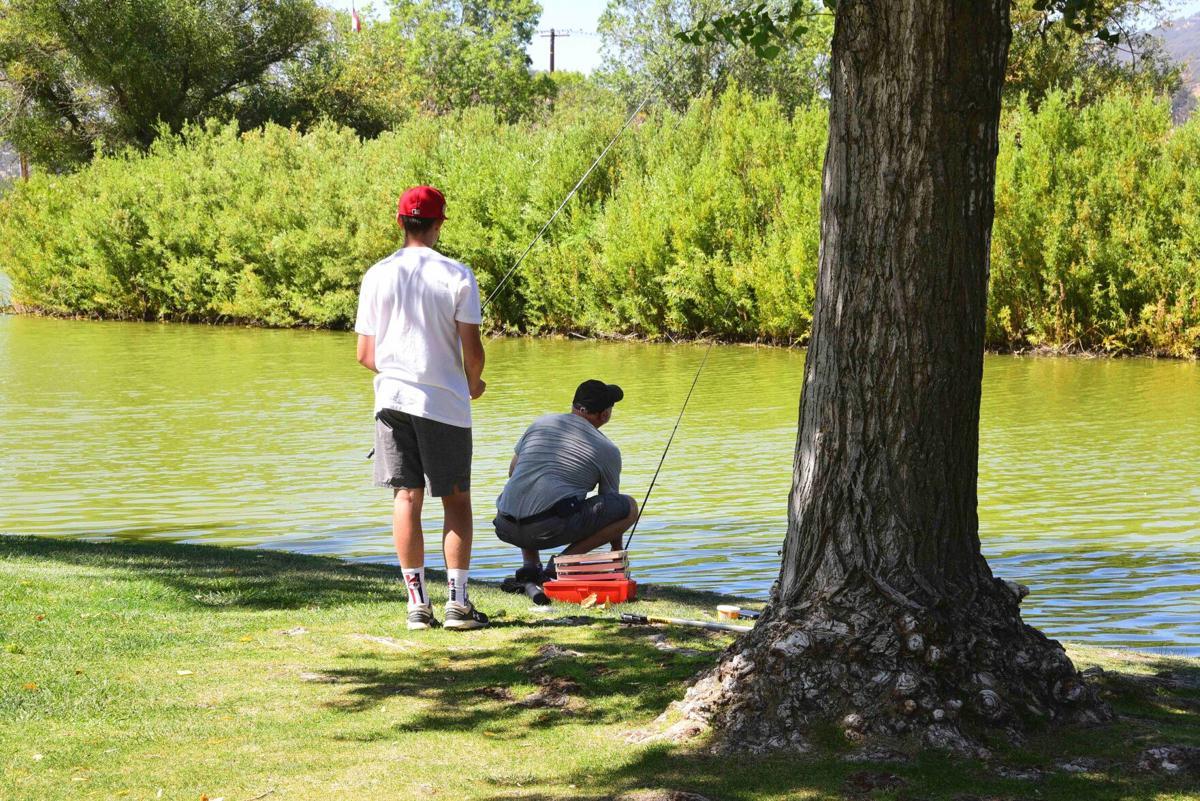 Fishing 82.09.21 SMIRNOFF (2).JPG
