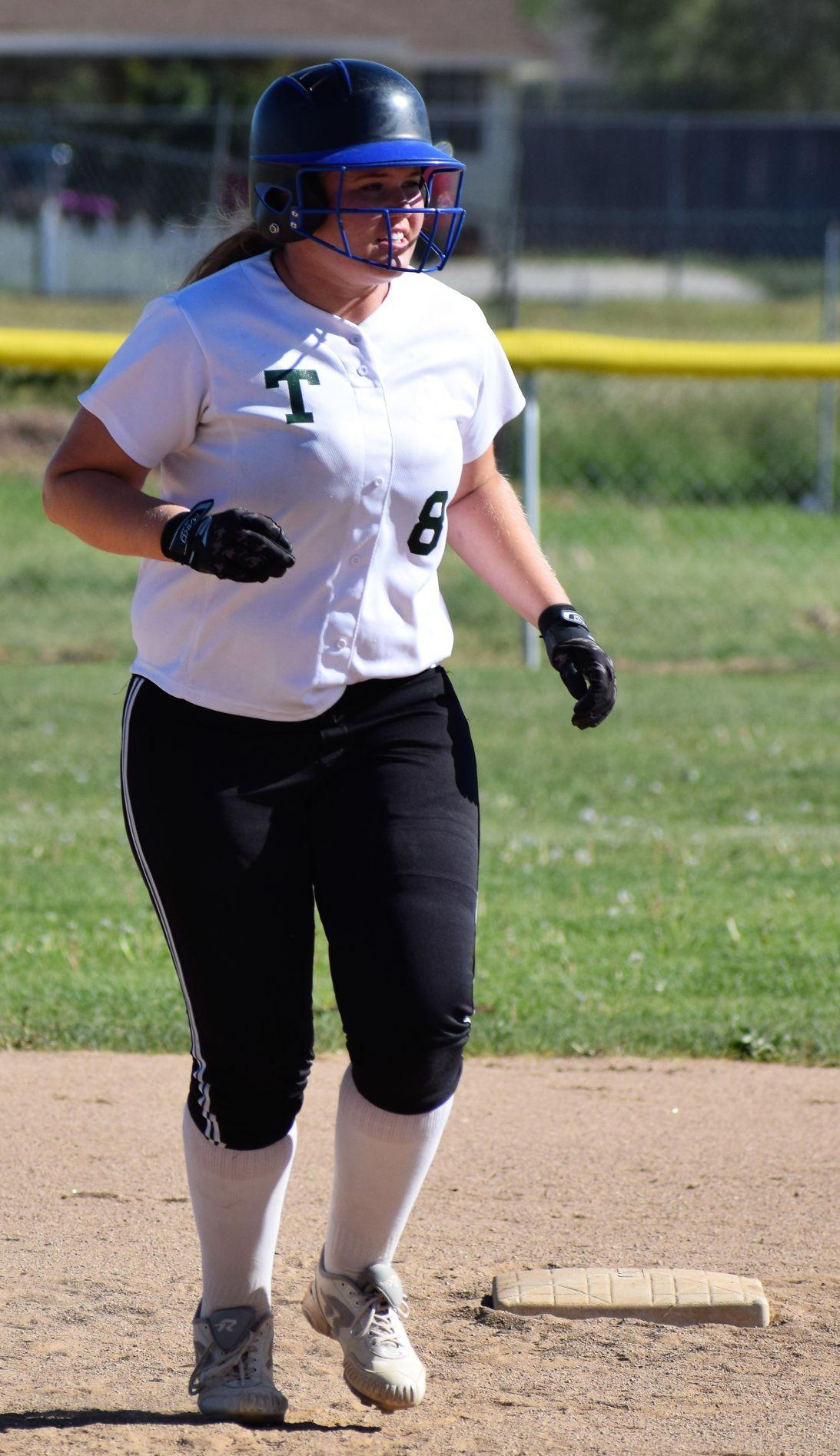 Anabelle Carroll runs the bases.jpg