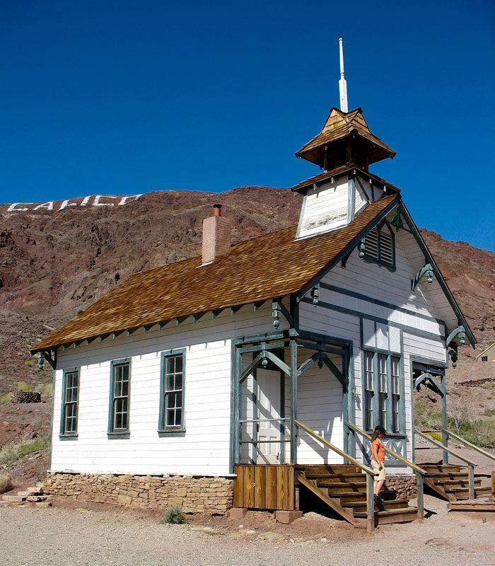 Calico Ghost Town: Stroll Down The Streets Of An Actual U0027Boom Townu0027