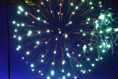 firework 9.jpg (copy)