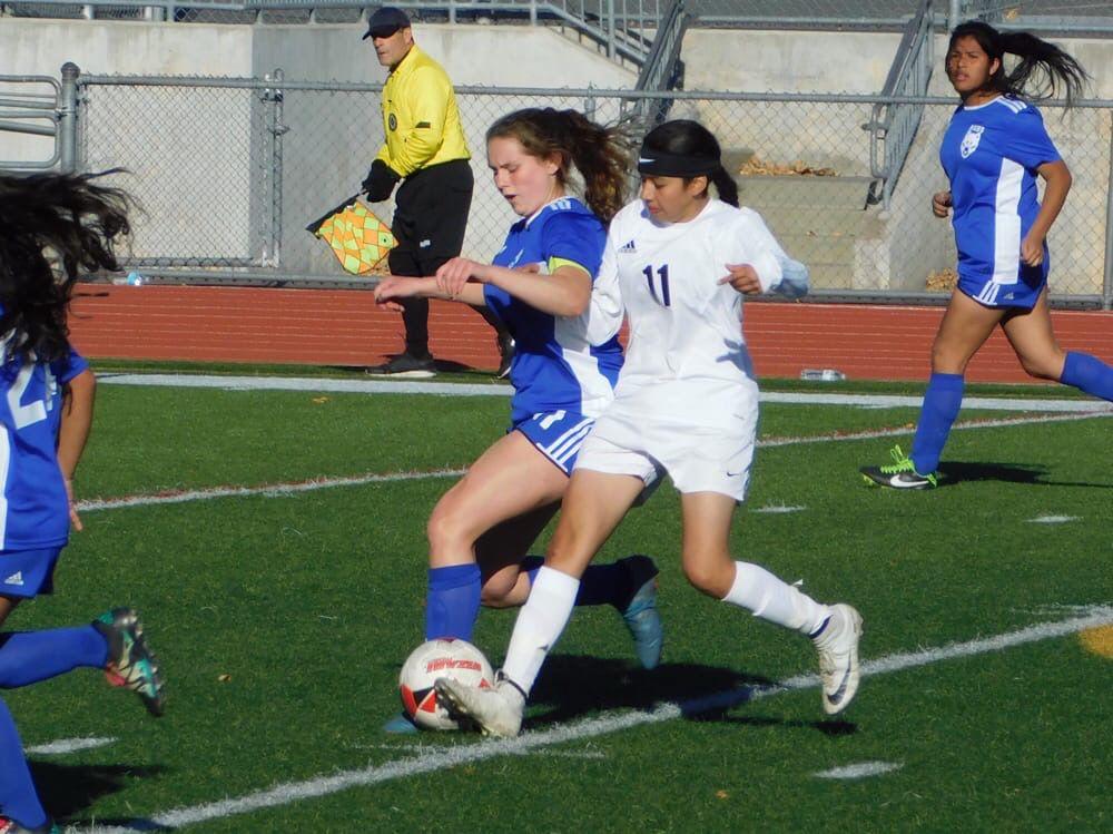 Girls soccer_2538.JPG