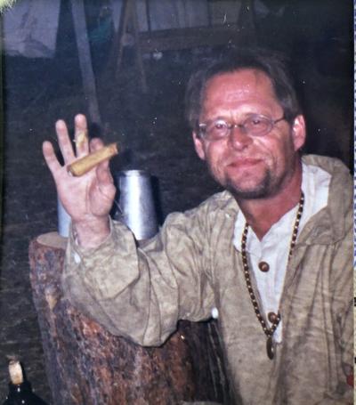 Dennis Wahlstrom Obituary.jpg
