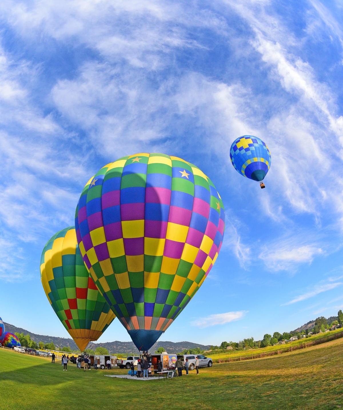 Hot air balloons SMIRNOFF  (1).jpg