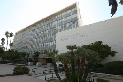 Kern County Superior Court building.jpg