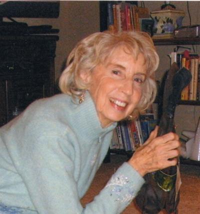 """Gloria """"Nikki"""" Washburn, 1930-2019"""