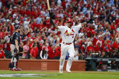 Molina wins it in 10th, Cards top Braves 5-4, Game 5 next