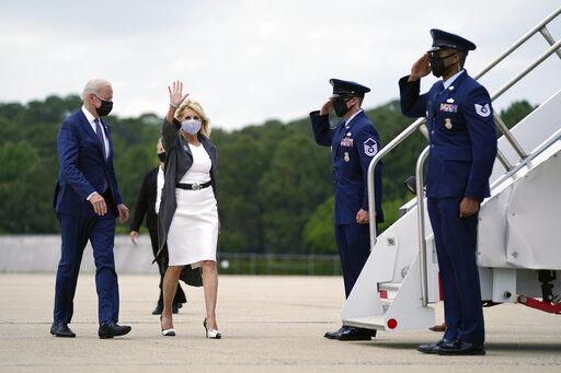 Biden quadruples Trump refugee cap after delay backlash