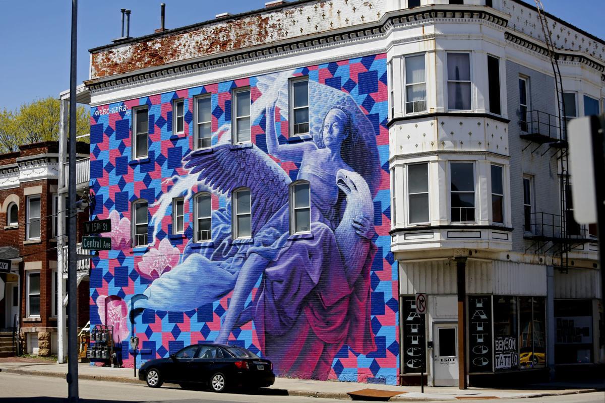 Murals American Hug