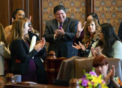 UPDATE: Pritzker to sign Illinois budget, income tax measure