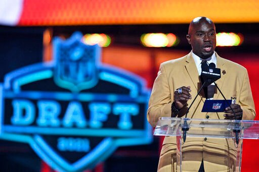 Chiefs use modest number of draft picks to address big holes