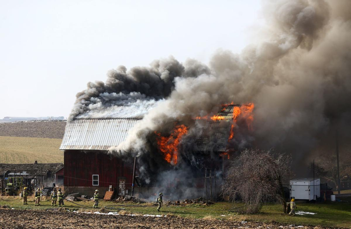Update Authorities Epworth Barn Fire Causes Damage In