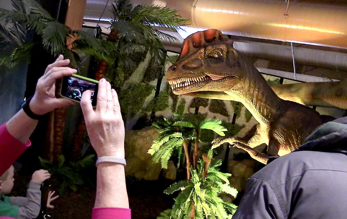 dinosaurs dubuque