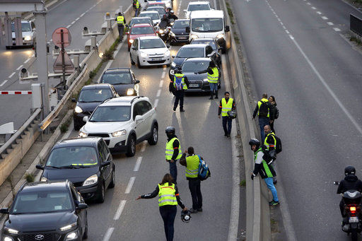 1 dead scores injured in fuel tax protests around france national rh telegraphherald com