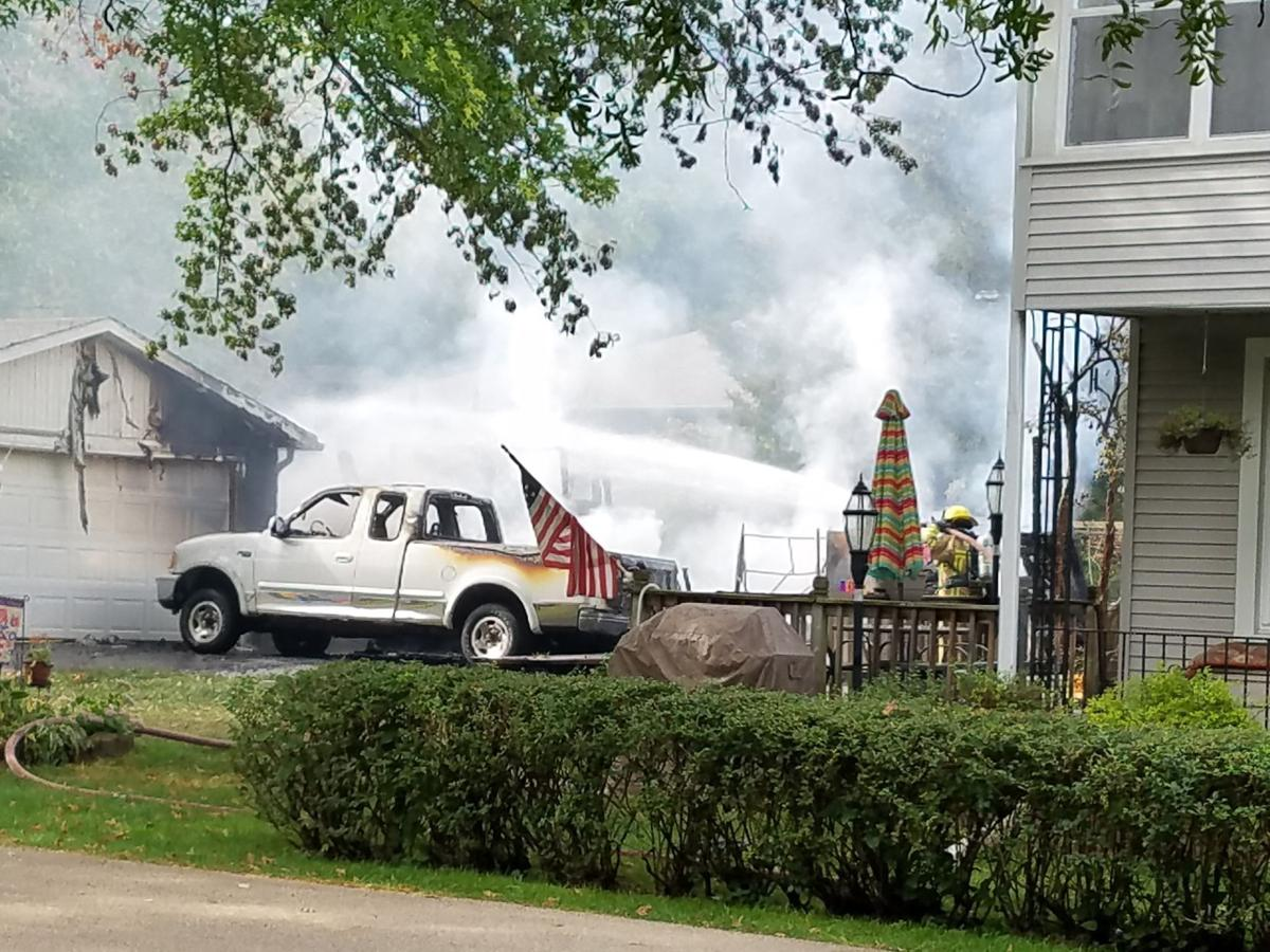 Dubuque Fire Shed Blaze Spreads Damages 3 Vehicles Tri