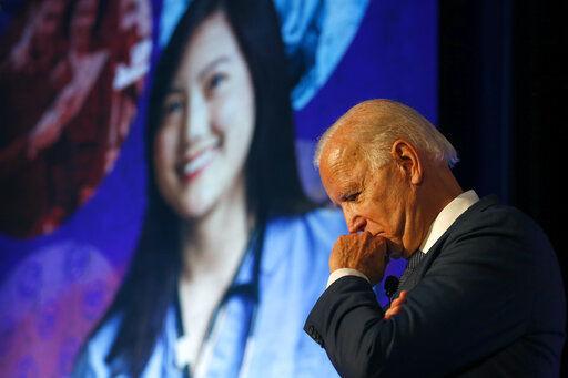 Biden plan: Free community college, expanded loan programs