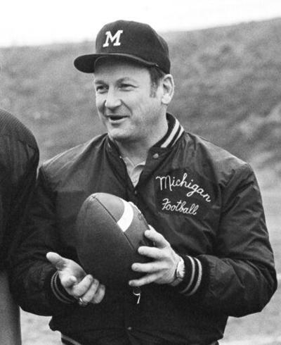 Schembechler son, players say Michigan coach knew of abuse