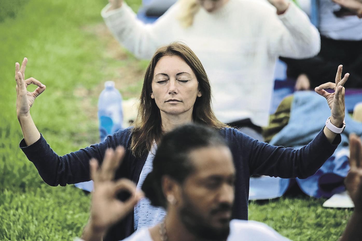 Hypno-yoga