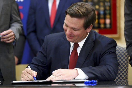 Florida governor signs bill for foreign drug importation