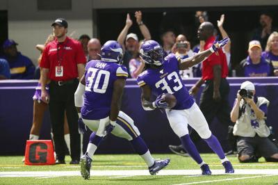 Cook's 85-yard TD highlights Vikings' 20-9 win vs. Cards
