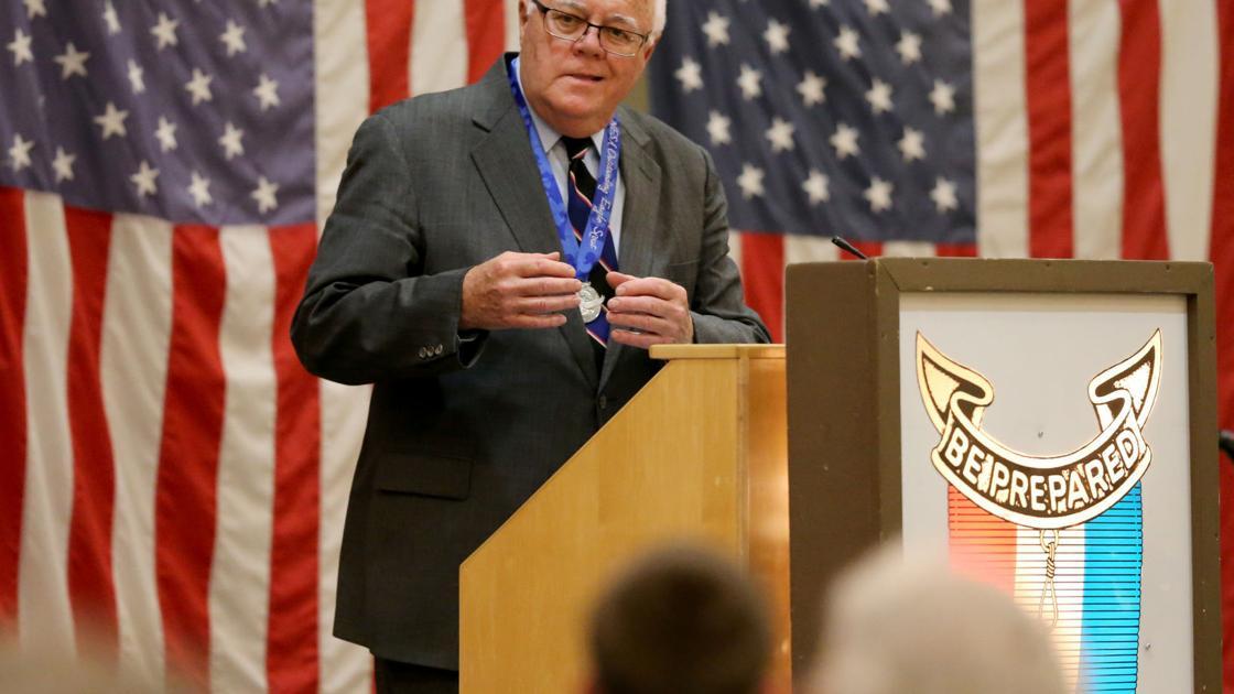 Retired Dubuque attorney receives Eagle Scout lifetime achievement award