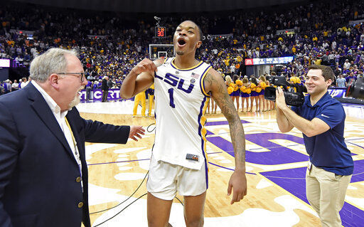 fcd8aa32ab7 College basketball roundup  Smart leads No. 13 LSU past No. 5 Tennessee in  OT