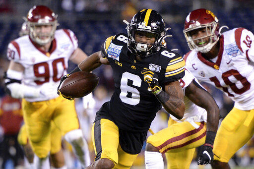 Special delivery: Vikes fill out draft with returner options