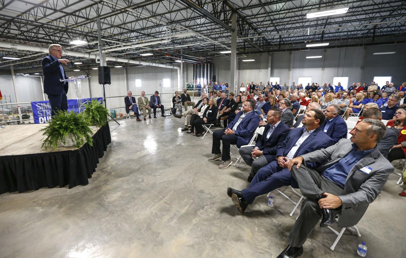 Week in Review: Simmons Pet Food hosts ribbon-cutting ceremony