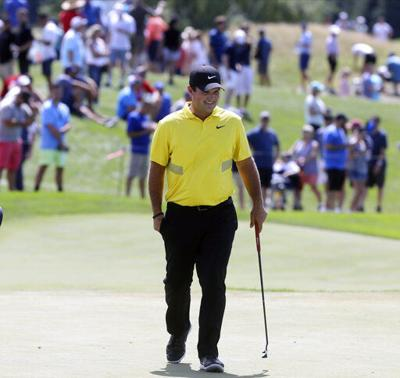 Reed takes 1-shot lead at FedEx Cup opener
