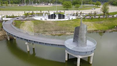 Veterans Memorial Plaza