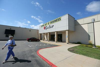 After 50 years in Dubuque, Kennedy Mall retailer closes for
