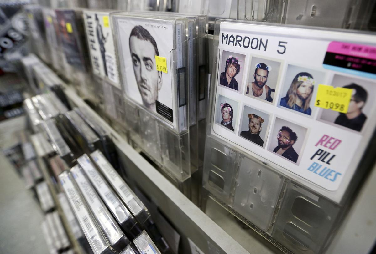 Independent Dubuque Music Shops Say Cds Not Dead Yet Tri