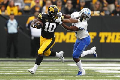 No. 14 Iowa throttles Middle Tennessee 48-3