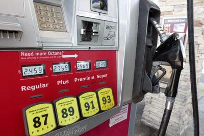 US consumer prices up 0.1% in January; gasoline prices fall