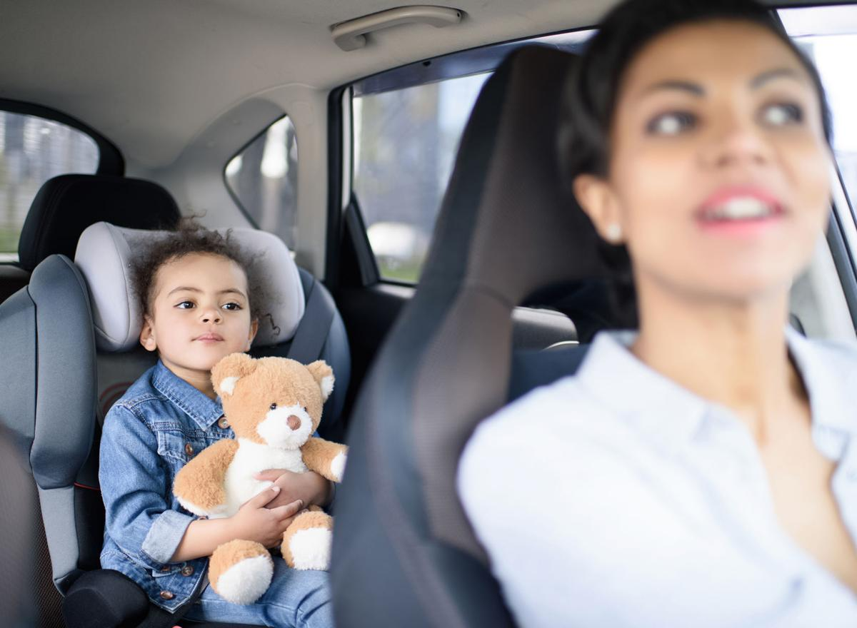 Mom driving with child_Bader