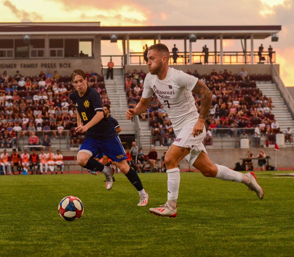 Nicolo Mulatero sprints forward