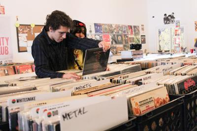 Heavy Heads Records