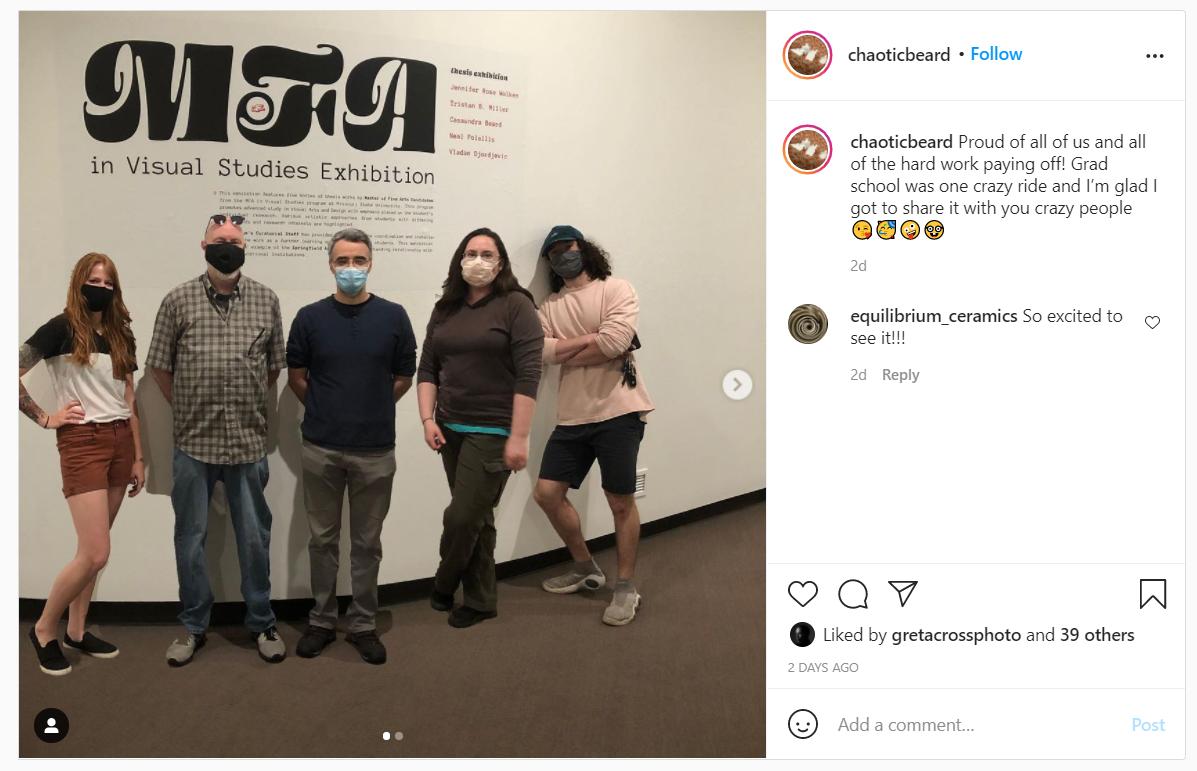胡子Instagram.